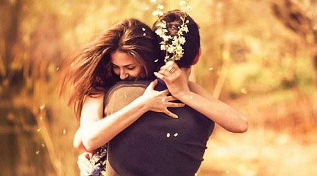 Kimi Aşktır Kimisi Aşka Aşıktır